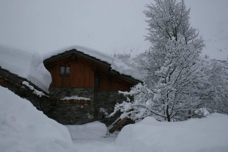 Appartement Dans Chalet Face Aux Pistes De Skis Et La Montagne Avec